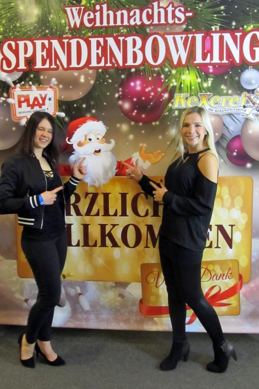 Weihnachts-Spendenbowling im PLAY
