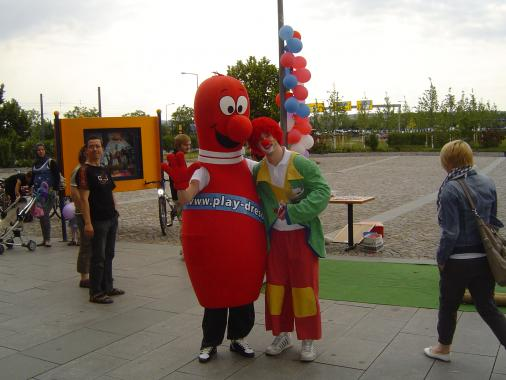 Petra Pin und Clown
