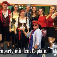 Piratenparty mit dem Captain im PLAY Bowling